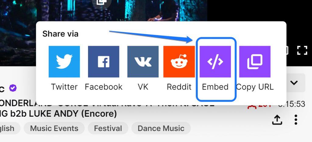Highlighting the Embed button inside the Share Via window of Twitch.tv