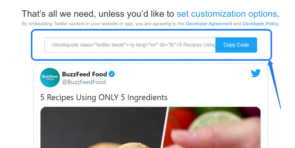 Highlighting the embedding shortcode for a video from BuzzFeed in Twitter